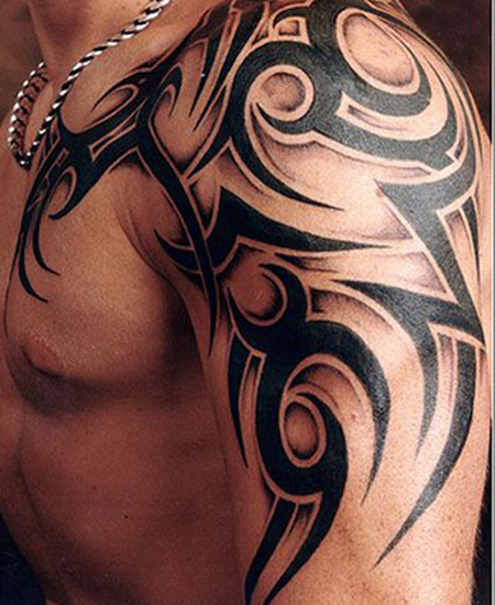 Idee Tatouage Tribal Bras Epaule Modele De Tattoo 372037